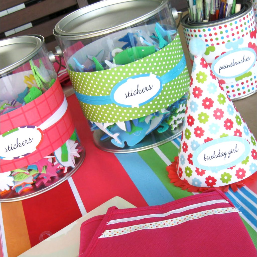 Pool party inspiration for a crafty pool party on a budget. #summerfun