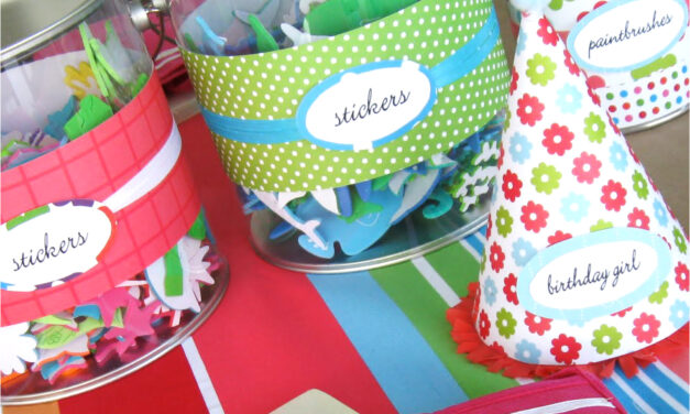 Party Inspiration: Crafty Pool Party