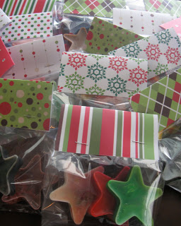 Star shaped crayons in Christmas colors make great gifts.