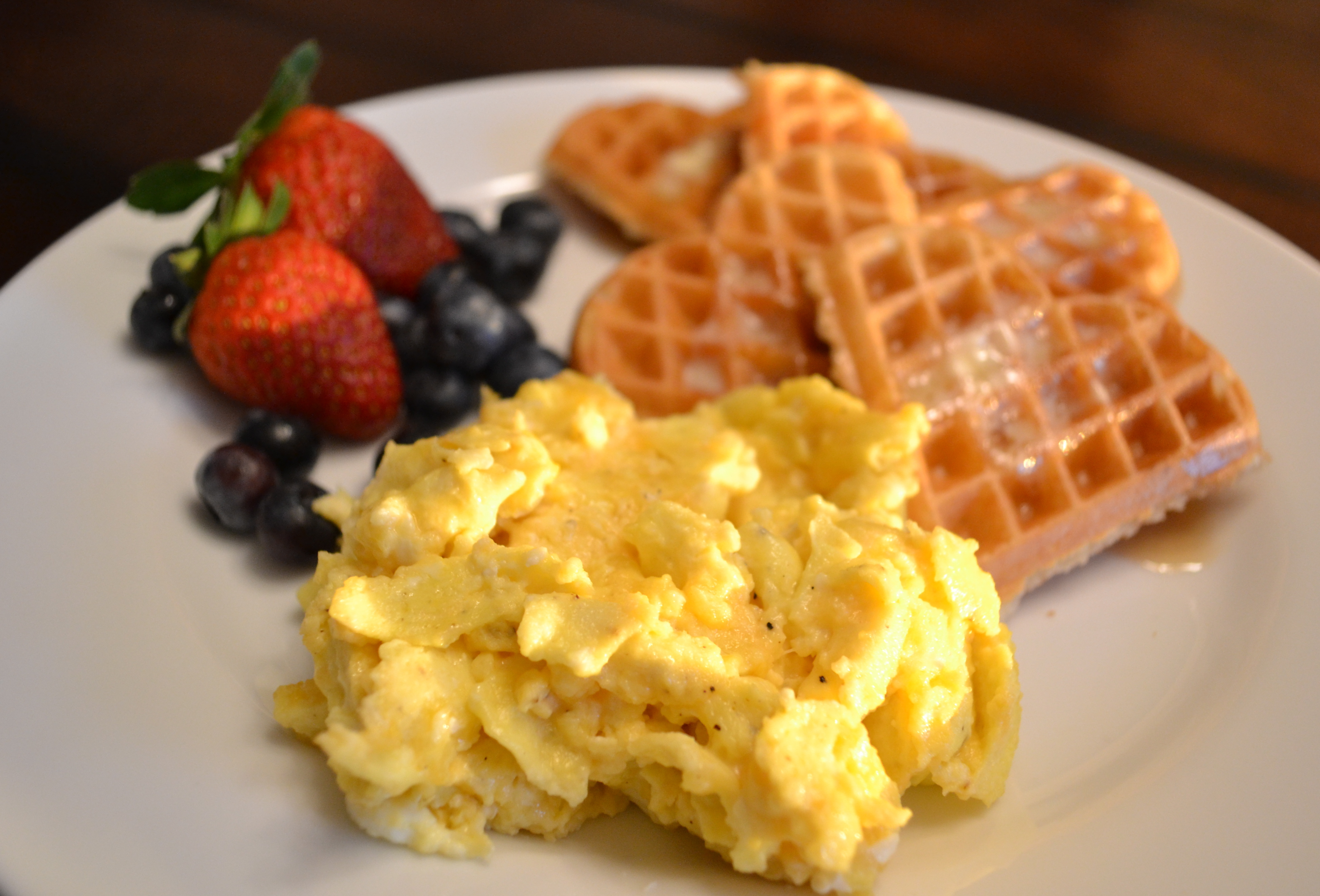 How to Make the Best Scrambled Eggs - CHCKNS