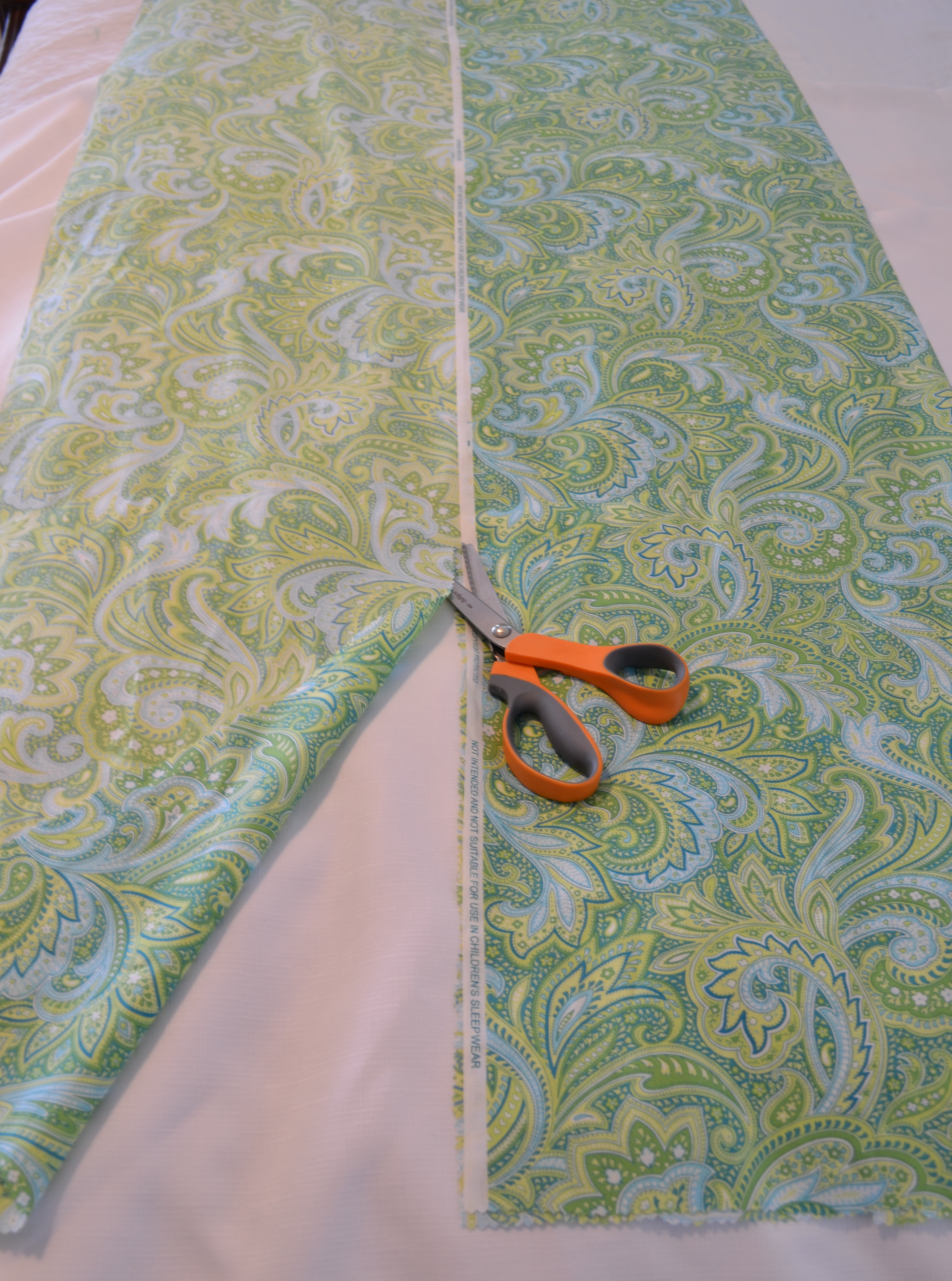 High Quality DIY Fabric Table Runner | Handmade Fabric Table Runner | Table Runner Ideas  | DIY No