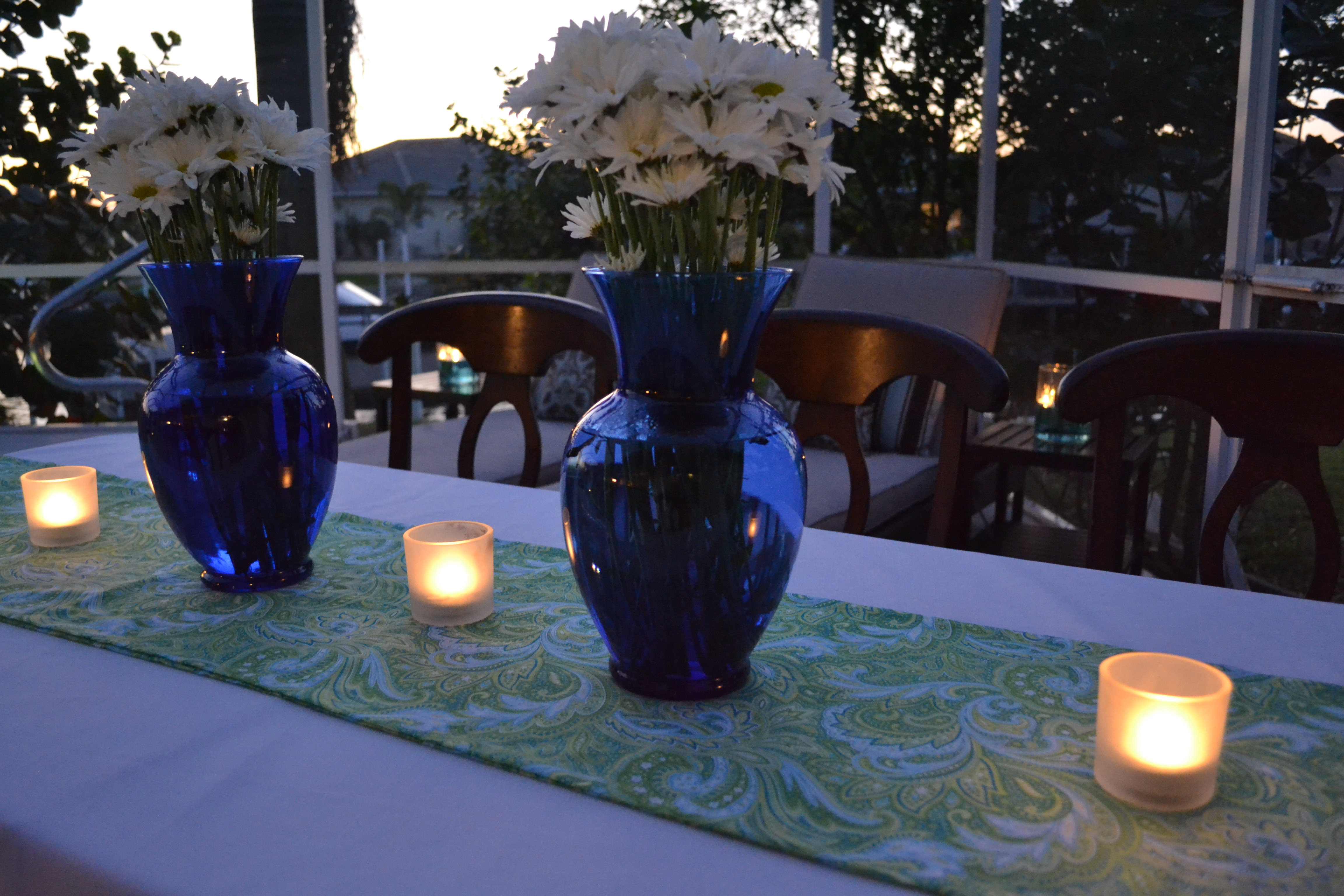 The Paisley Fabric For This Table Runner Cost Just A Few Dollars And Looks  Great With
