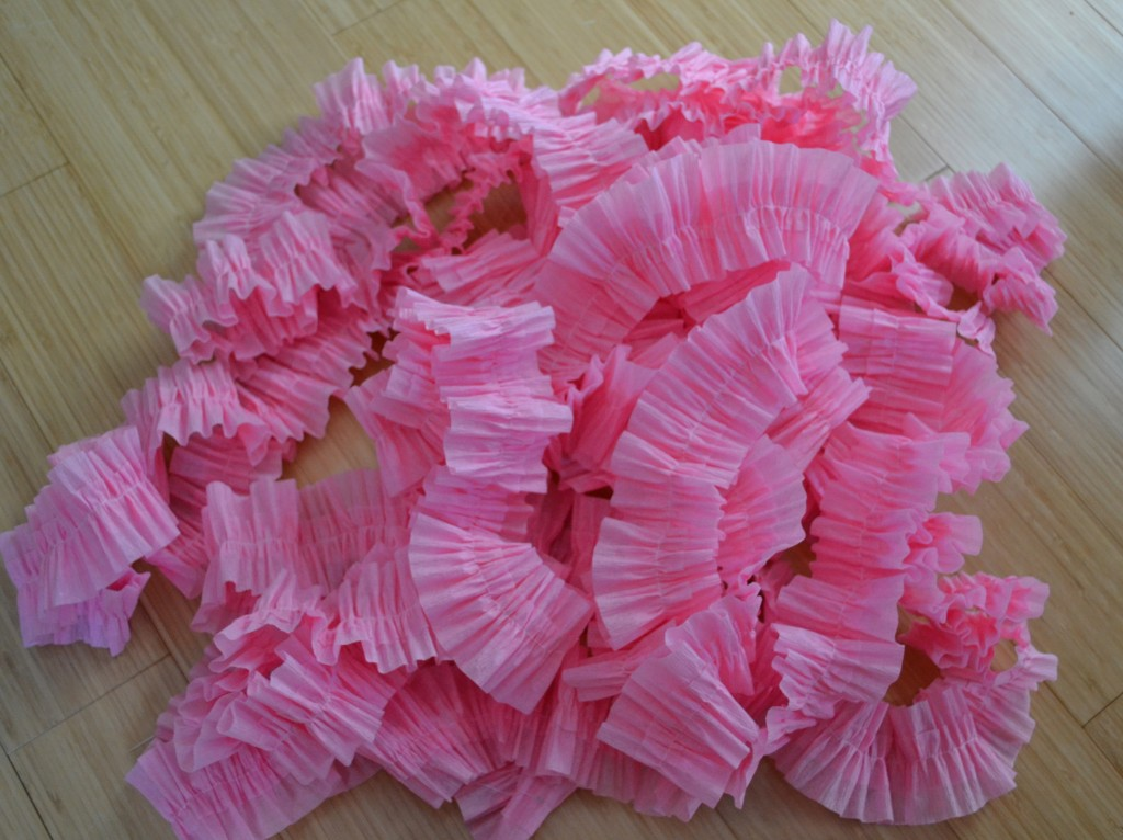 Easy to Make Crepe Paper Ruffles