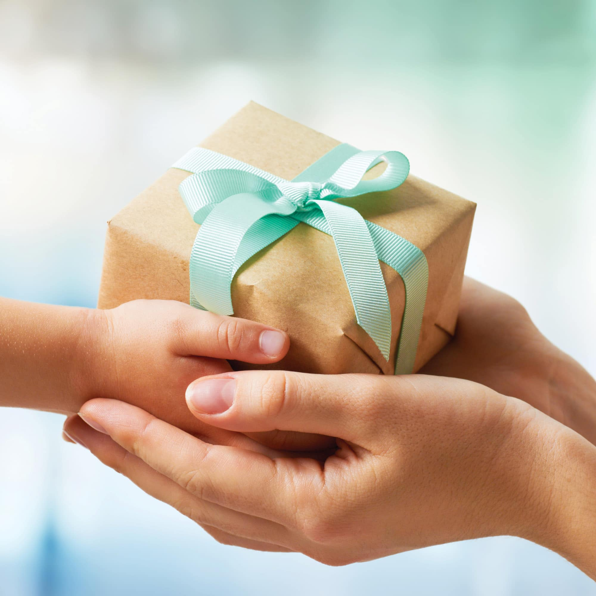 Do you ever feel like buying gifts is a burden instead of a blessing? This touching letter about the power of a simple gift is must-read reminder that it really is the thought that counts!