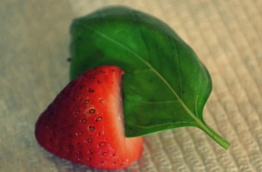 Strawberry Basil Sangria | Sangria Recipe | How to Make Strawberry Basil Sangria | Summer Drinks | Delicious Strawberry Basil Sangria