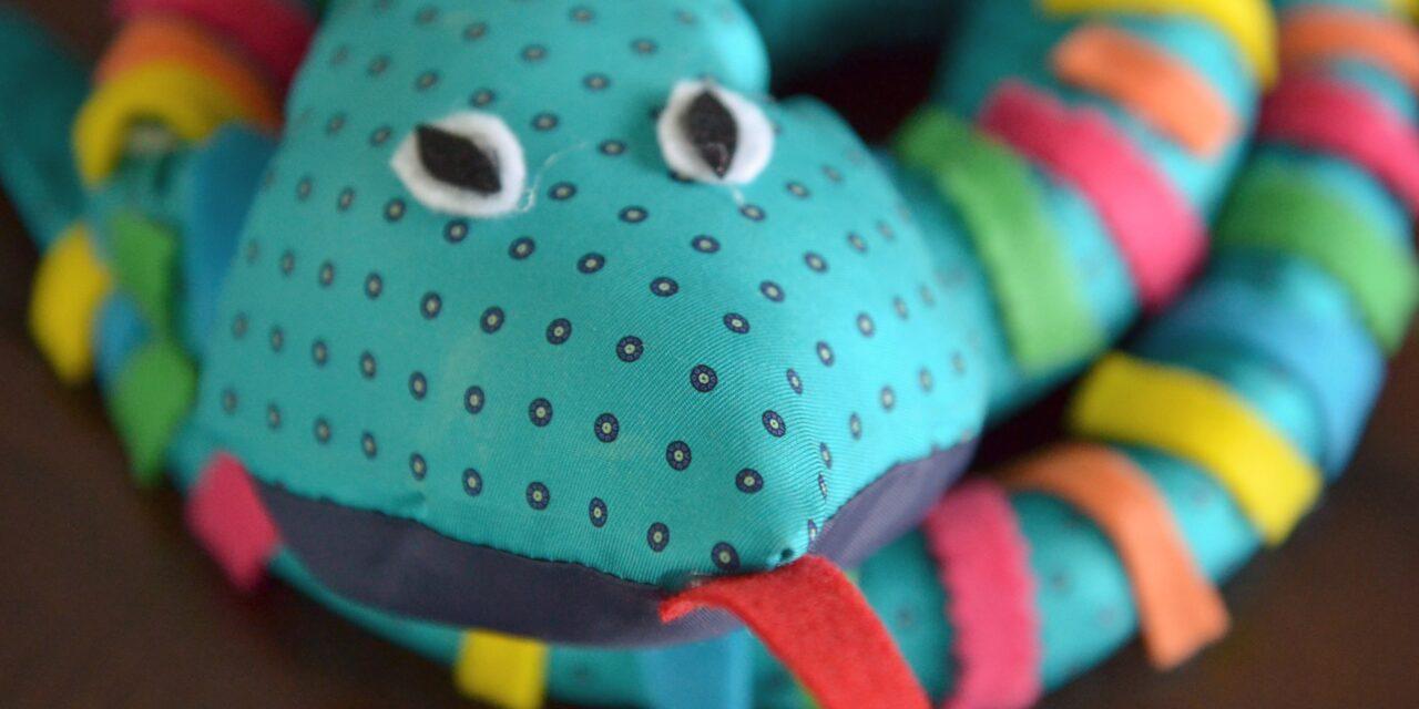 3 Easy Reptile Crafts