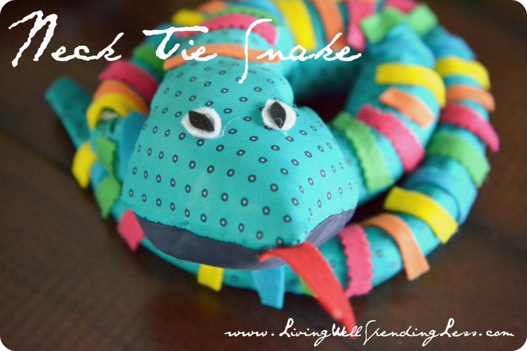 3 easy reptile crafts for kids necktie snake craft