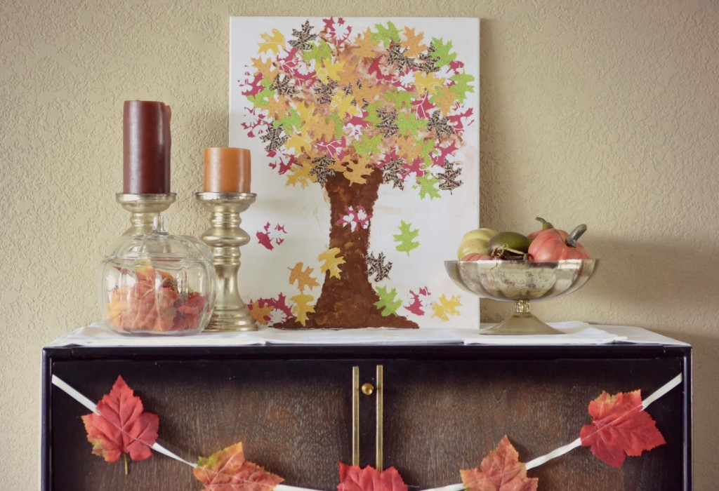 This gorgeous fall canvas art will look perfect with your fall decor, and it's a fun kids project too