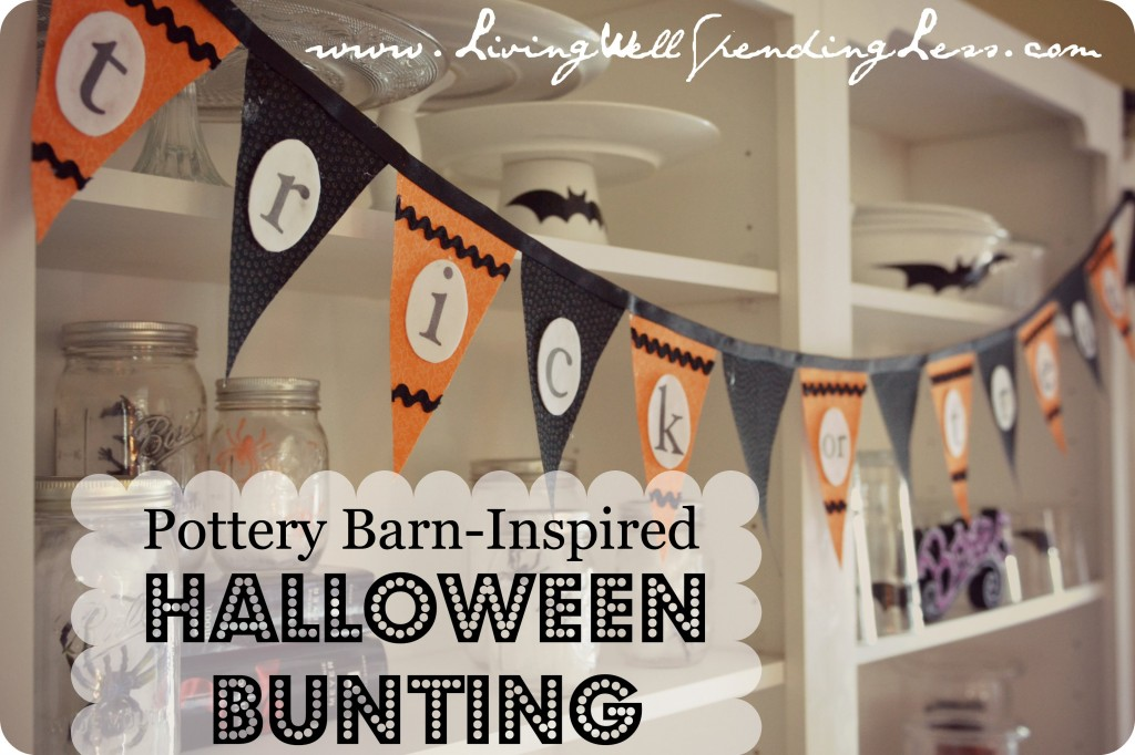 "Pottery Barn Inspired No-Sew Halloween Bunting | DIY Halloween Bunting | ""Trick-or-Treat"" Halloween Bunting 