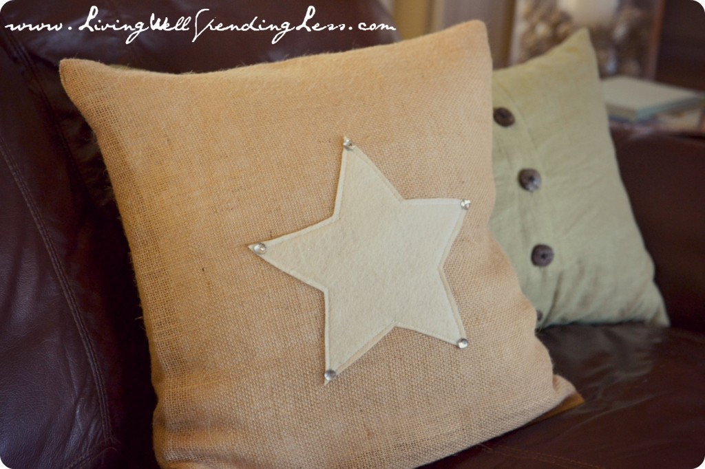 Add some sparkle to the star using a hot glue gun.