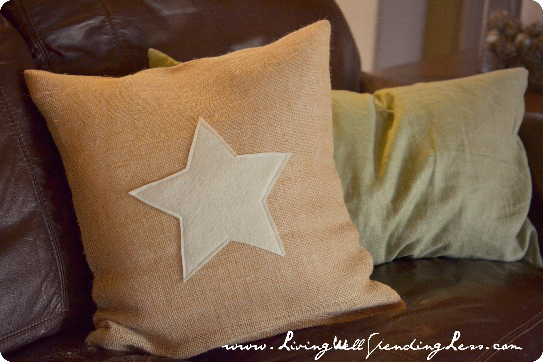 pillow item s day seasonal burlap in home cushion shamrock patrick case from green saint st cover irish linkwell pillowcase decor colour