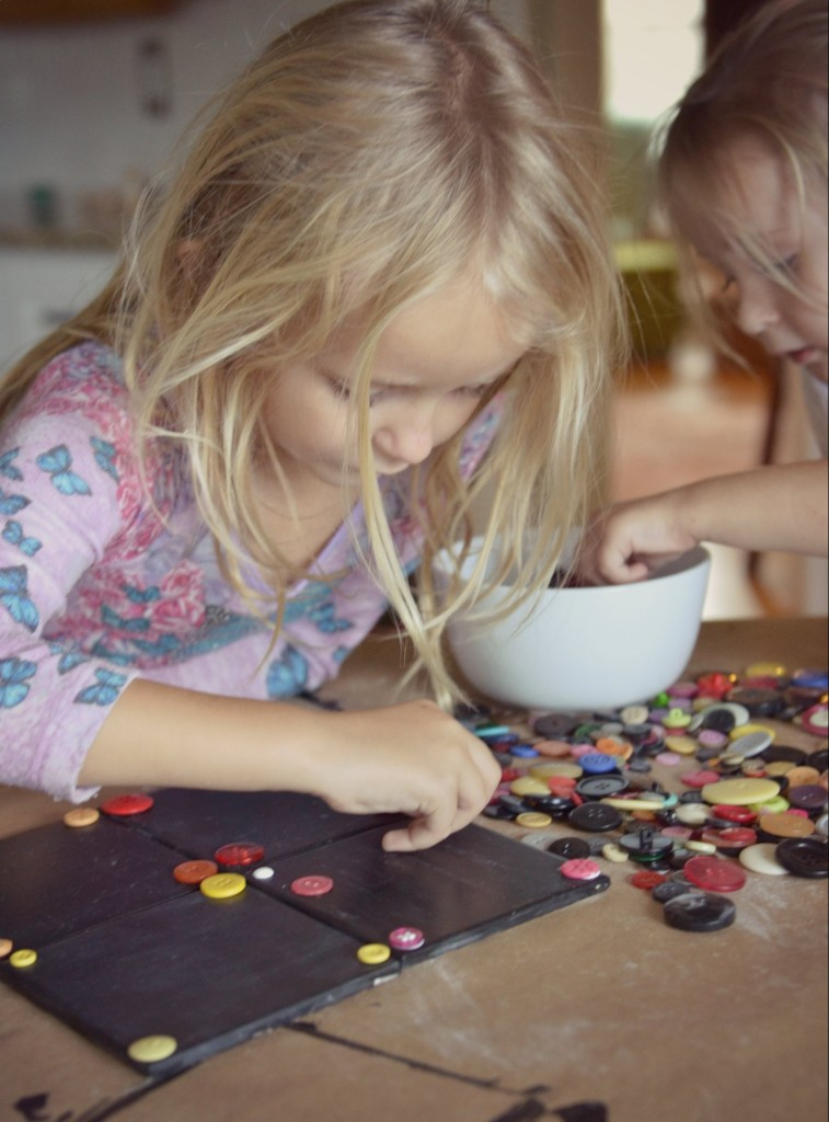 DIY Chalkboard Coaster Set | Have the kids pick out medium sized buttons for the corners of the coasters. Keep an eye on them for safety!