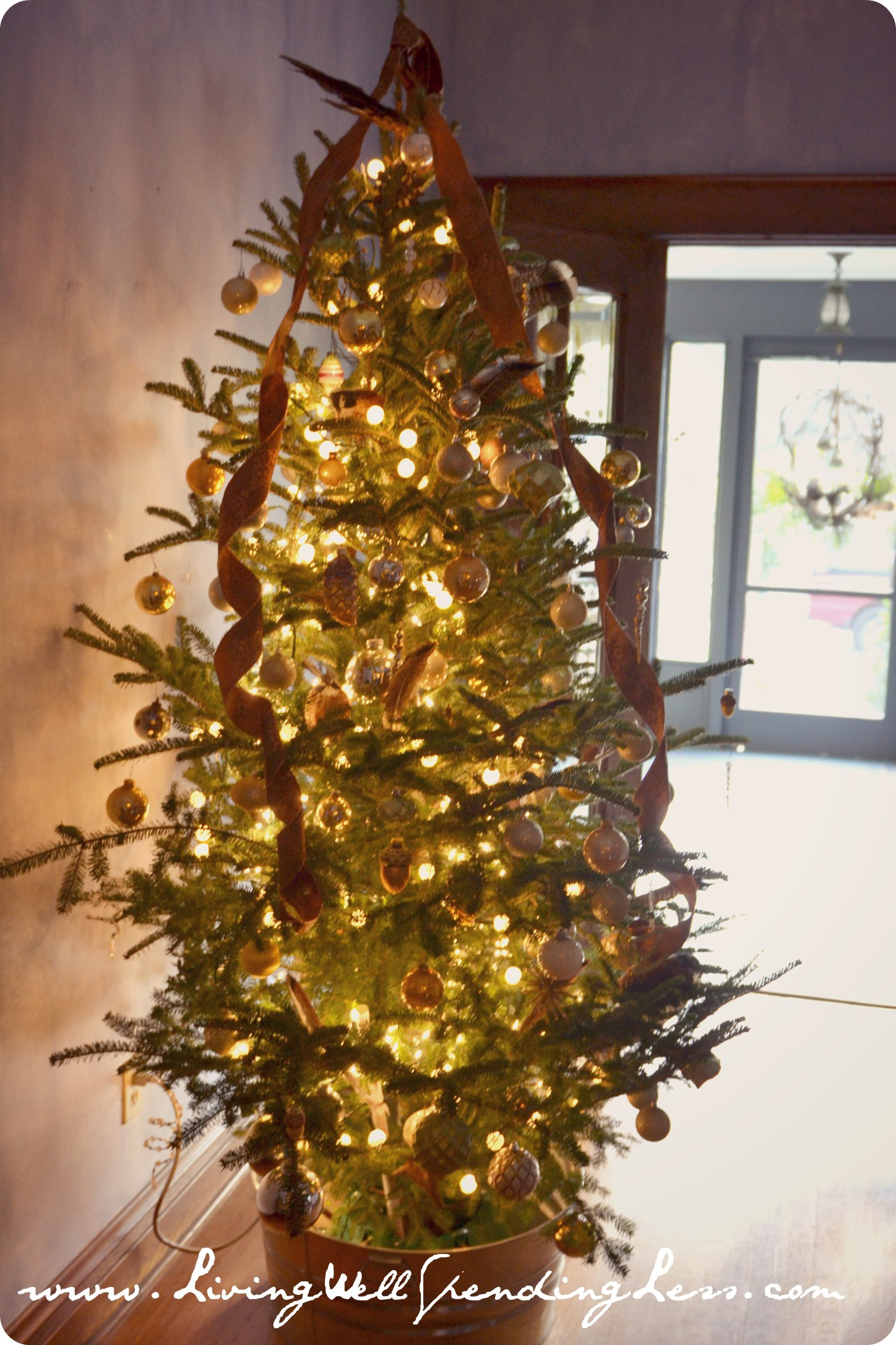 A naturally vintage christmas living well spending less for Antique christmas tree decoration