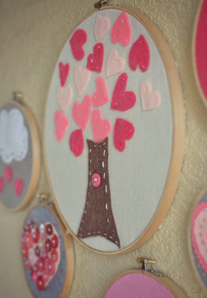 Valentine's Day Embroidery Hoop Art | Embroidery Hoop Art | Valentine's Day Crafts | Embroidery Hoops | DIY Wall Hangings