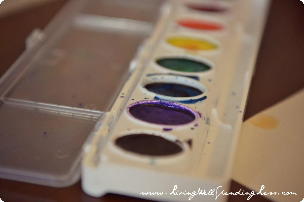 Crayola watercolor paints are vivid and a great choice for your DIY watercolor thank you cards!
