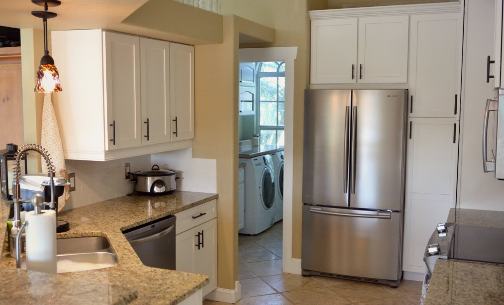 Stainless steel refrigerators can be a magnet for finger prints. Here's how to have a sparkling clean kitchen.
