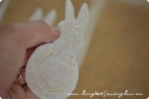 burlap bunny bunting 04