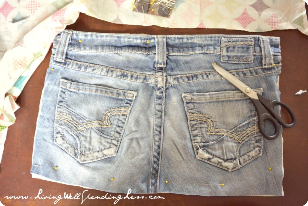 Upcycled Denim Placemats--super cute way to repurpose old jeans!