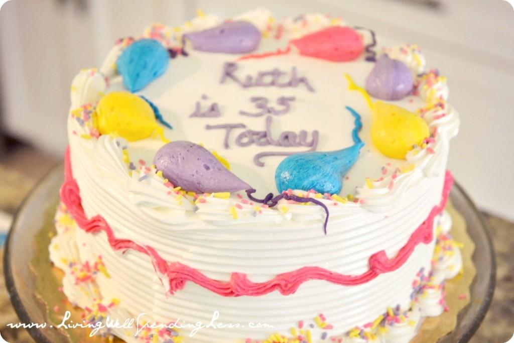 My Publix birthday cake was so delicious!!