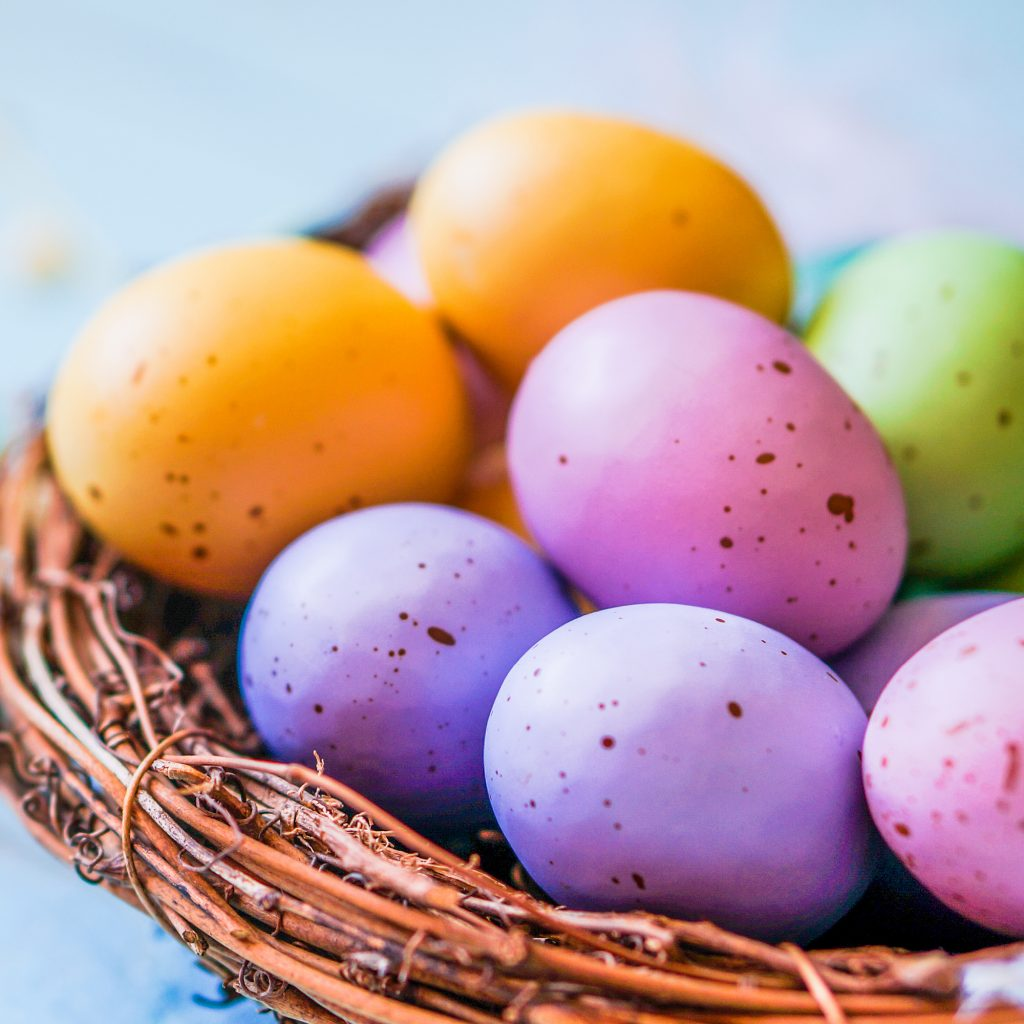 A basket of colorful eggs makes a great centerpiece. Searching for inspiration for your next brunch? Here are a host of great ideas to help inspire you as you plan a birthday or Easter brunch.