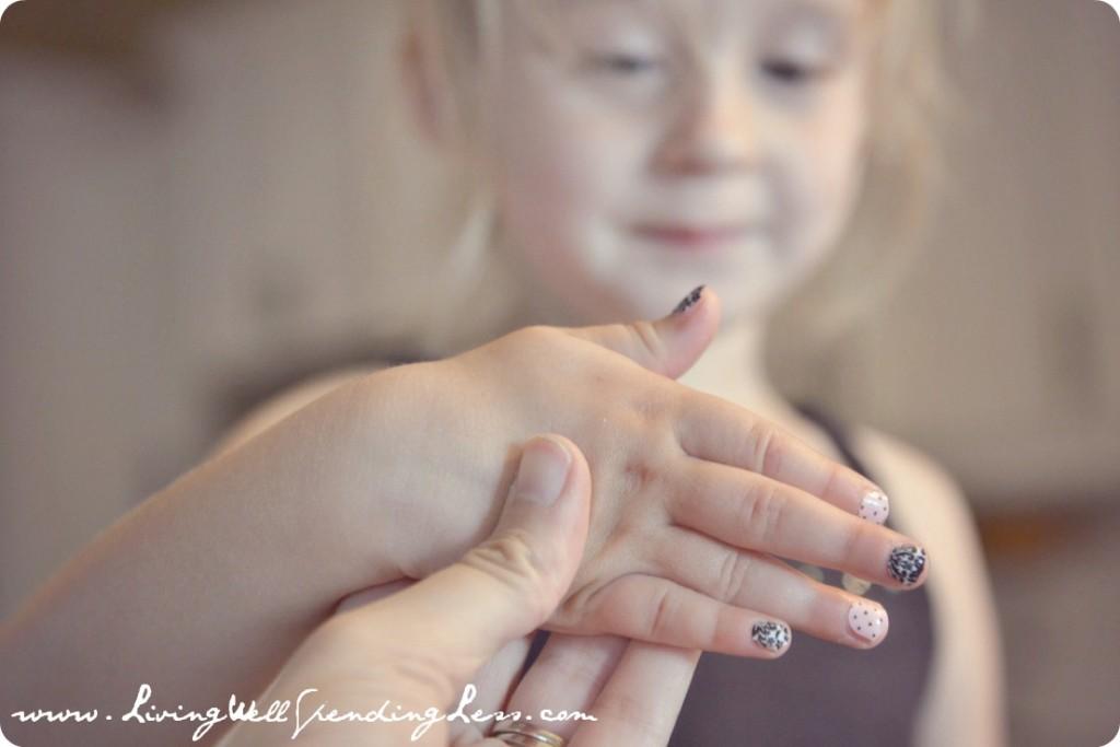 DIY Chevron Manicure & Pedicure | DIY Chevron Nails Tutorial  | Nail Design Ideas | The Chevron Manicure