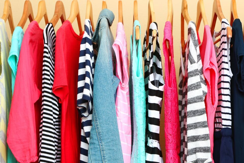 The 40 Hanger Closet Minimalist Living Closet Makeover