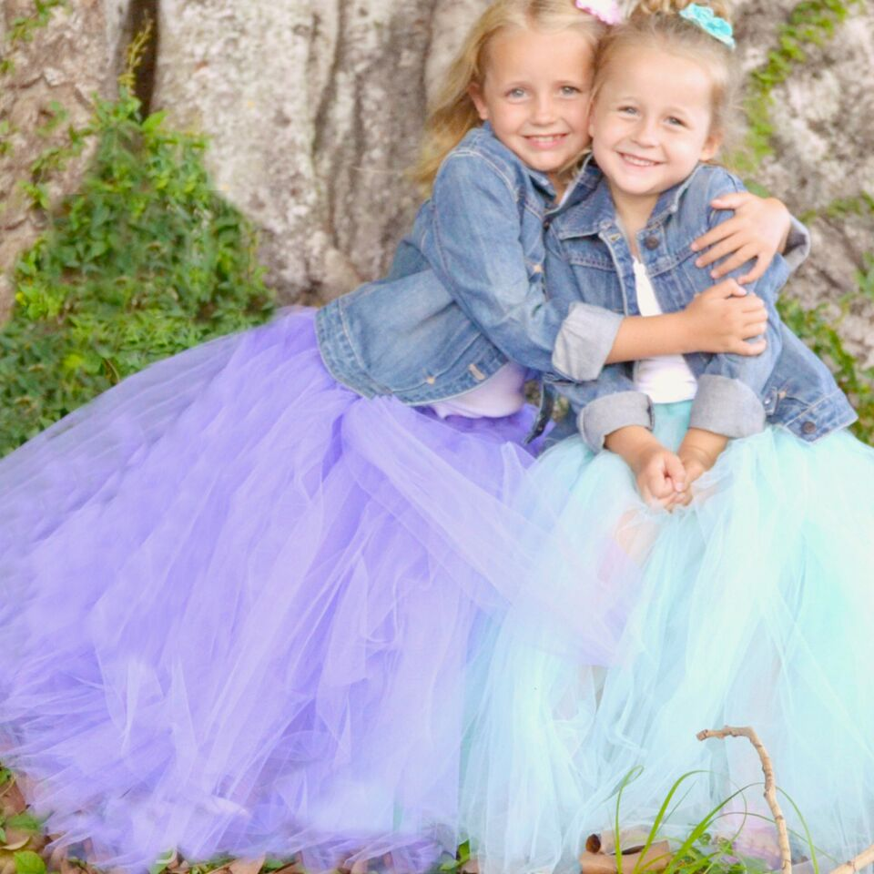 No Sew Full Tulle Skirt | DIY Full Tulle Skirt | Full Skirt | Handmade Gifts | Kid Friendly Crafts | DIY Skirt | DIY Tutu | Handmade Tulle Skirt | Easy Tulle Skirt