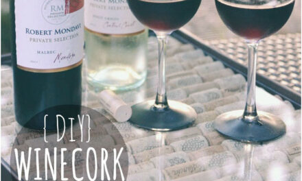 DIY Wine Cork Serving Tray