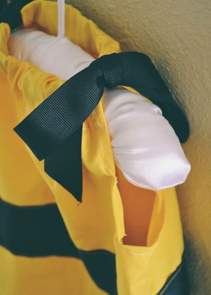 Adorable DIY Bumblebee Costume