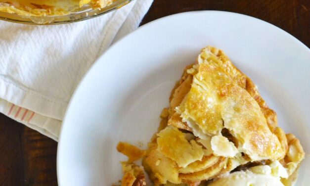 Oh-So-Easy Caramel Apple Pie