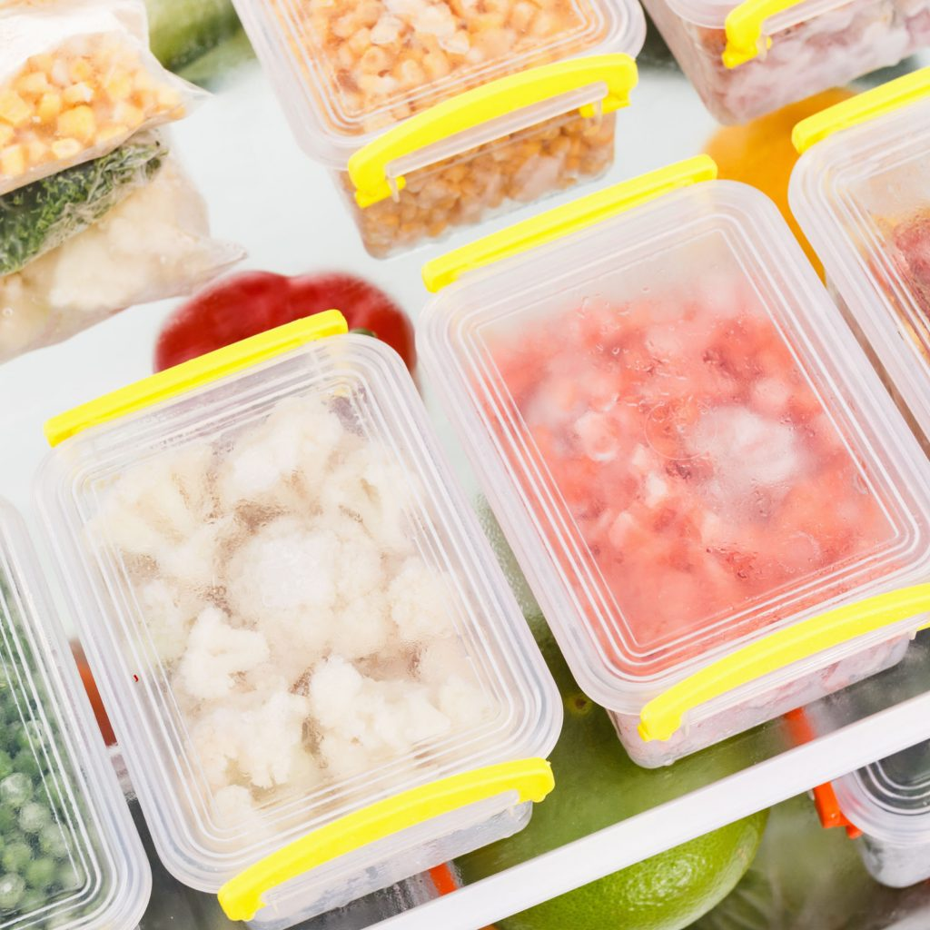 Are you ready to master the art of freezer cooking? Prep once and eat all week with this 7 easy tips for freezer cooking like a pro!