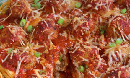 Easy Spaghetti & Meatball Pie