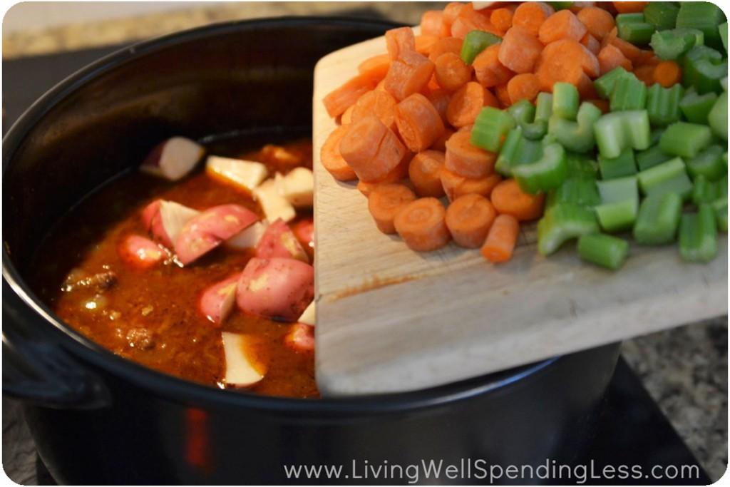 One Pot Beef Stew | Instant Pot Beef Stew | One Pot Beef Stew Recipe | Stew Recipes | Easy Beef Stew | Baked Beef Stew