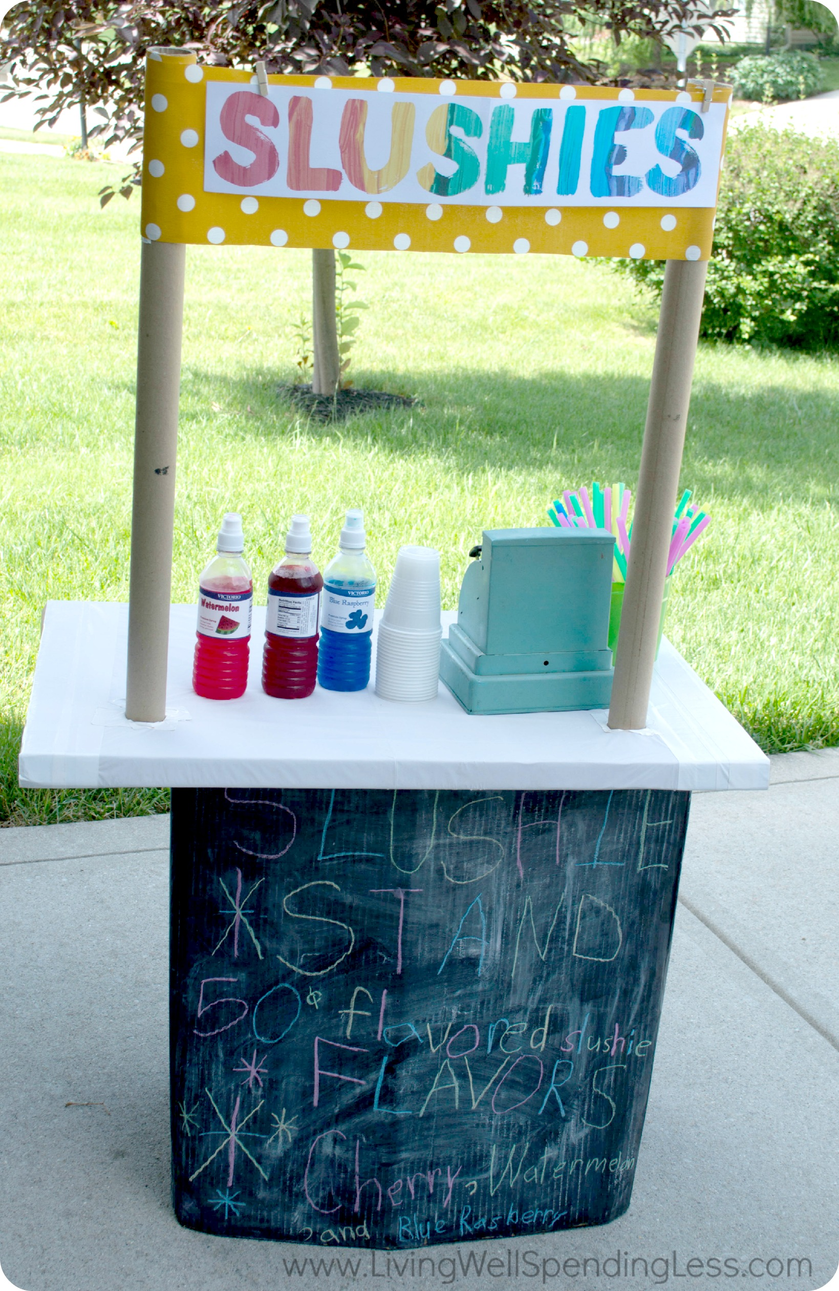 This DIY slushie stand is ready for business