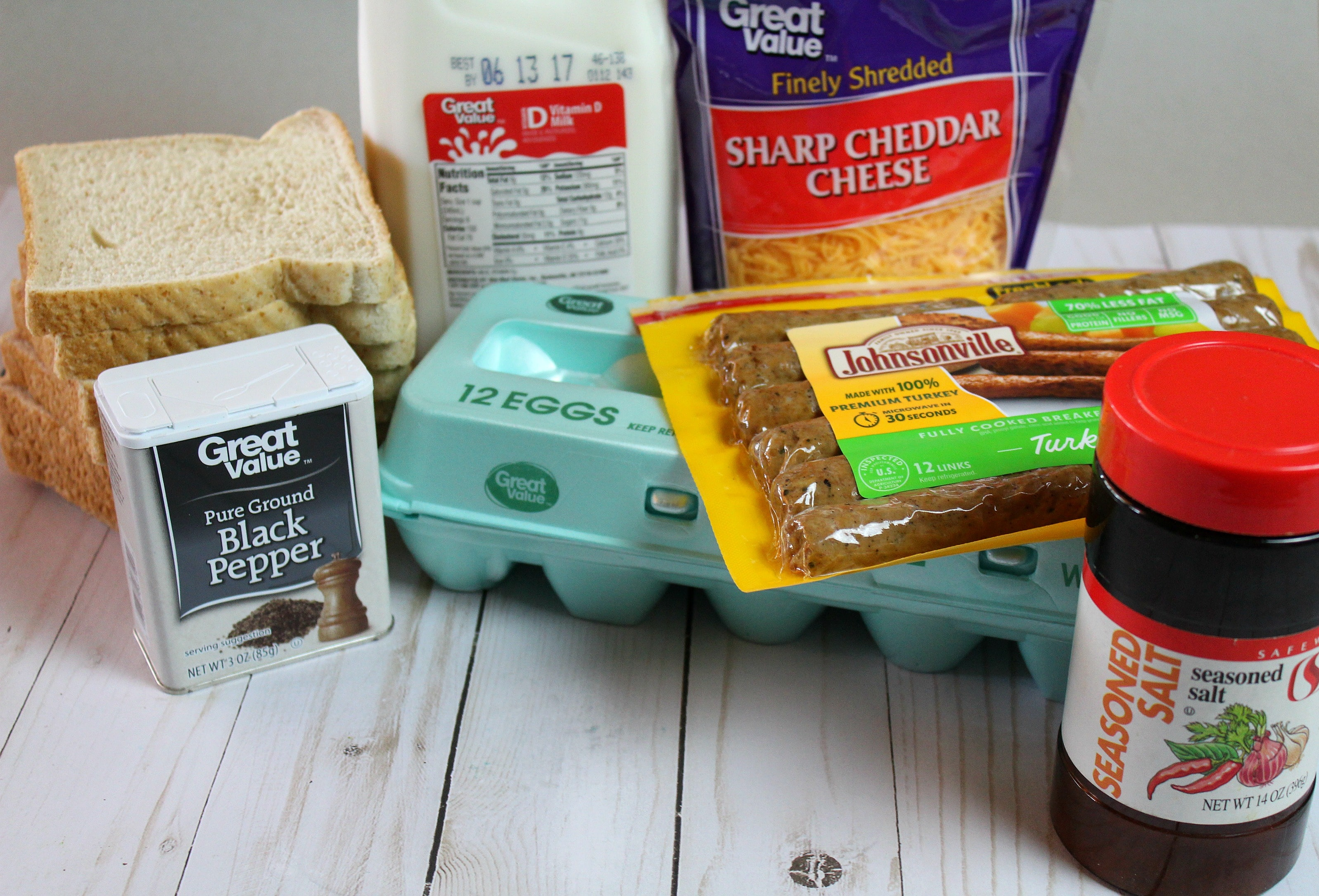 Freezer Breakfast Cupcakes | SBreakfast Cupcakes | Breakfast Cupcakes Ideas | Breakfast Cupcakes Recipe | Simple Breakfast Cupcakes | Easy Freezer Meals | Meal Planning | Easy Freezer Breakfast Cupcakes