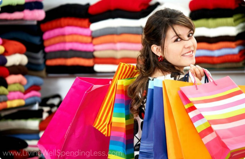 Smart shoppers are always looking for clothing deals. Save more with these smart tips
