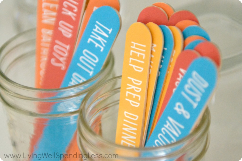 This popsicle stick job jar is easy to make and helps kids keep track of their jobs.