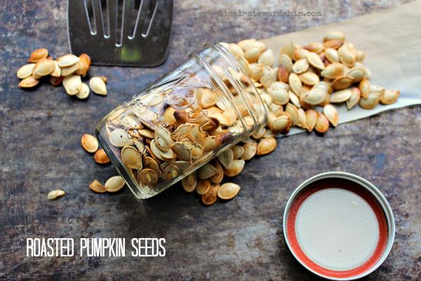 Roasted-Pumpkin-Seeds-in-a-Jar