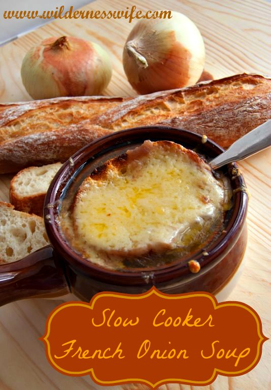 french-onion-soup-in-bowl