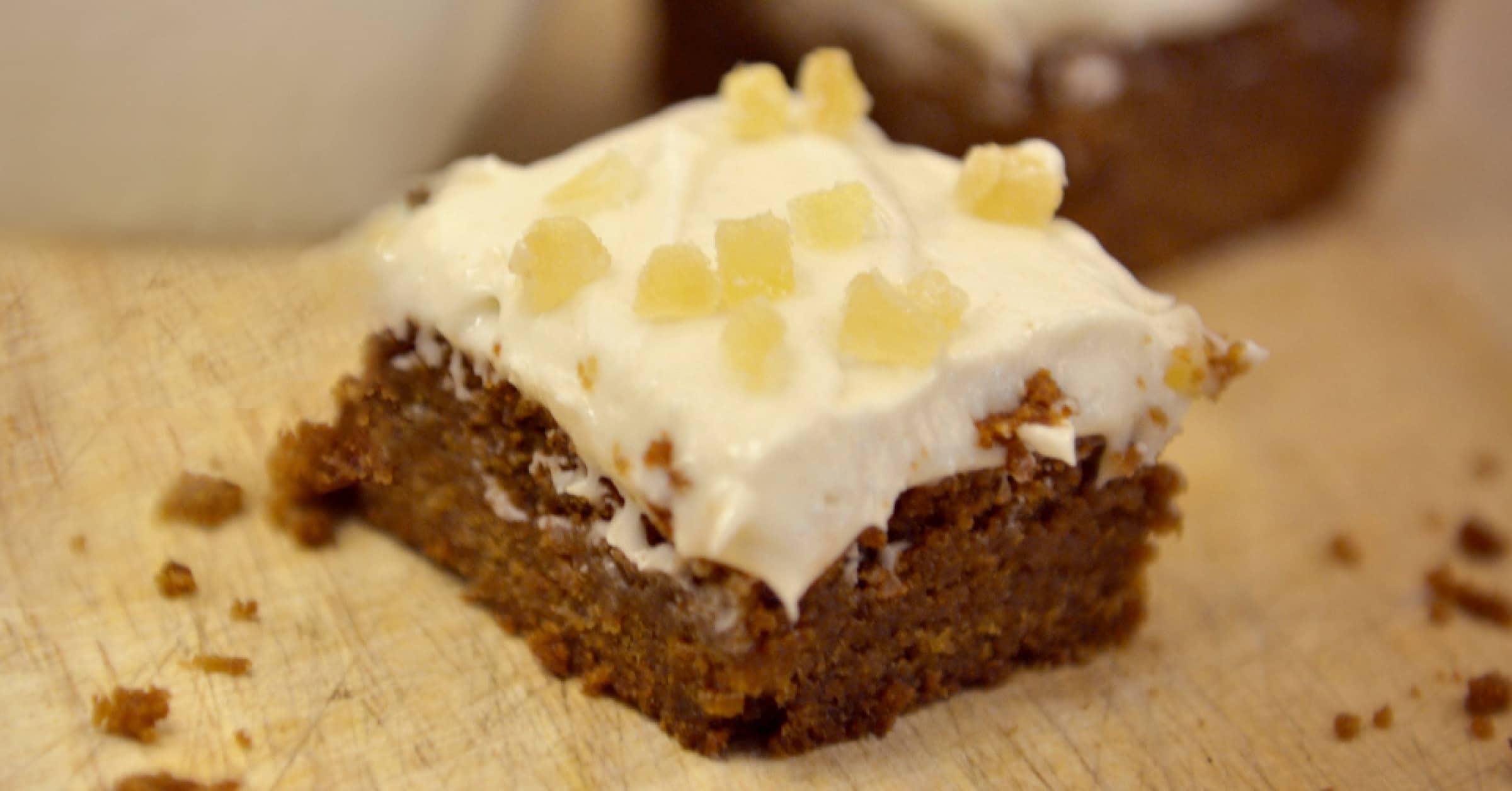Easy Homemade Gingerbread Bars