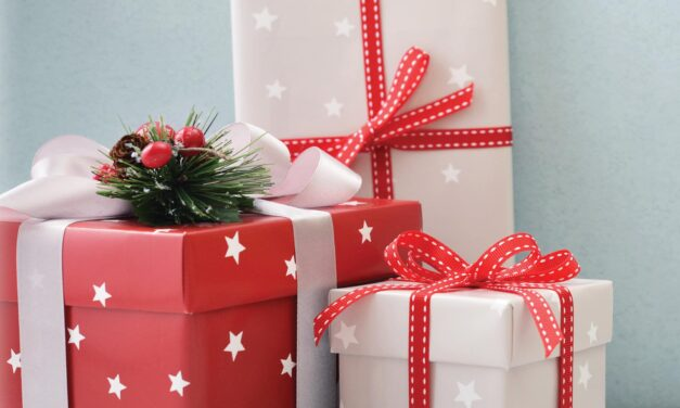 How to Save Money on Wrapping Paper (6 Genius Tips!)