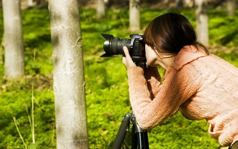 Photography is a fun way to earn extra money.