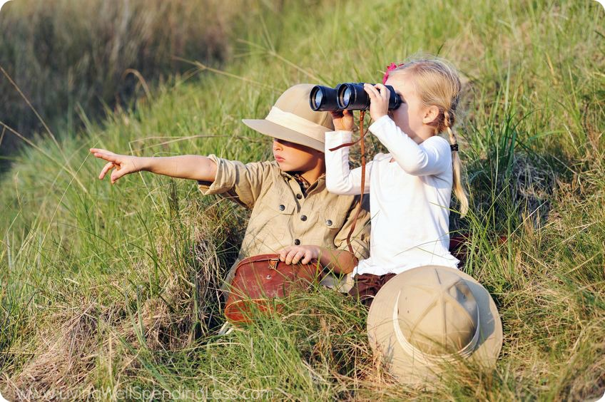 Go on a Christmas break safari around your neighborhood. Kids will have so much fun scoping out the sites and discoveries.