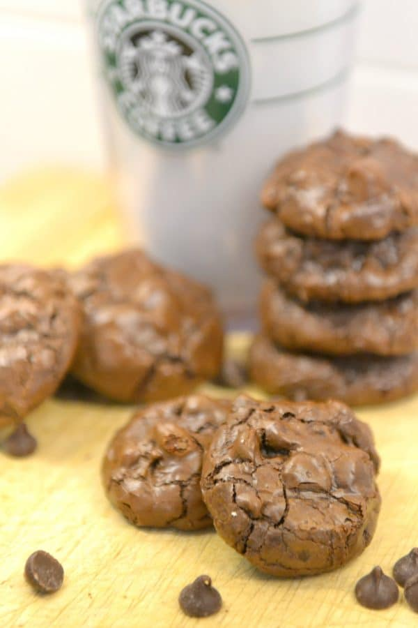 What's better than a dense, rich, chewy chocolate cookie? A dense, rich, chewy chocolate cookie that is gluten-free, low in calories, easy-to-make, and uses just 6 ingredients! Yep, these Starbucks copycat Flourless Chocolate Cookies are pretty much perfection on a plate!