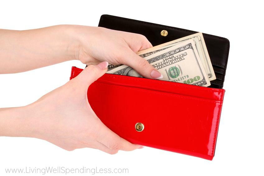 We'd all like more hundred dollar bills in our wallet! Here's how to think like a millionaire.