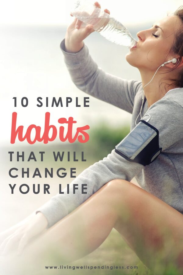 Want to be happier, healthier, and more successful in life? Making small but positive changes to your daily routine can not only reset your patterns but actually help your brain work more efficiently and provide the much-needed boost you need to get moving in the right direction. Don't miss these ten simple daily habits that might just change your life! 10 Life-Changing Simple Habits | Change Your Life With Mini Habits | Life Change | Life Hacks | #simplehabits #effectivehabits #habits #changeyourlife #settingupforsuccess