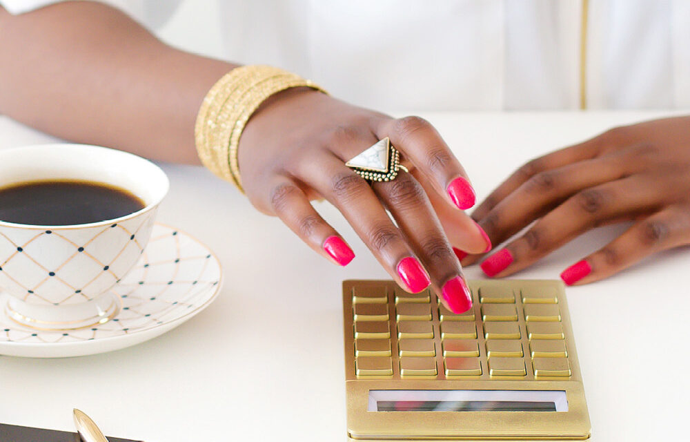 How to Think Like a Millionaire (5 Smart Things that Rich People Do That You Should Too!)