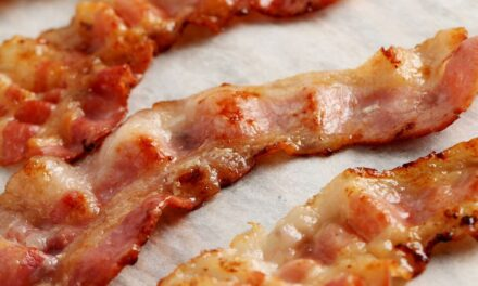 Quick & Easy No-Mess Bacon