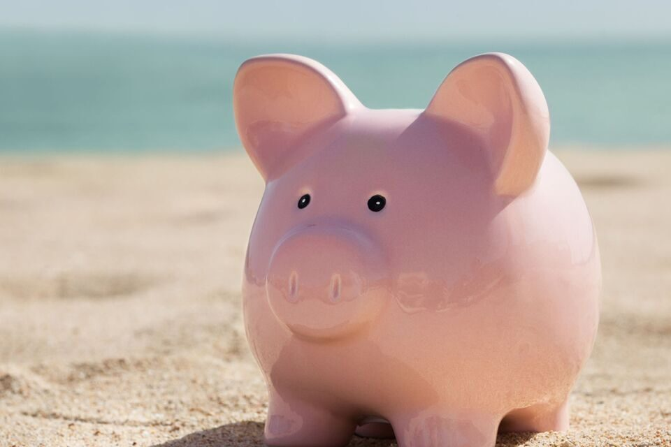 How to Keep Your Summer Spending in Check