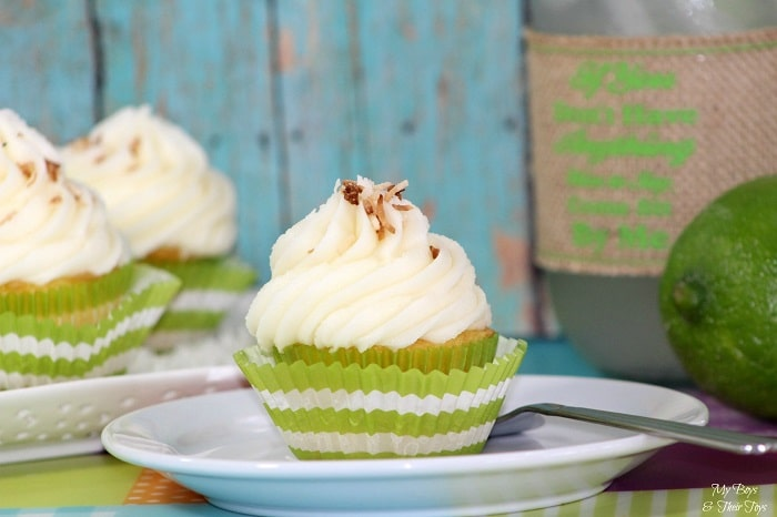 Lime-coconut-cupcakes2